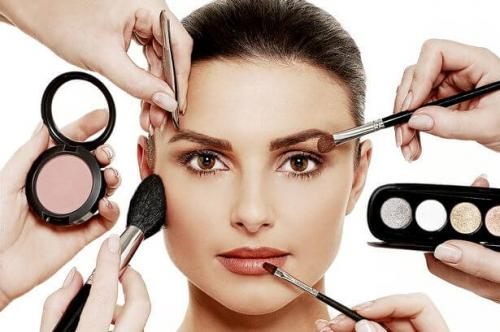 Beauty Image With Make Up Products 1